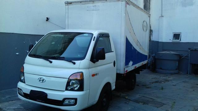 Hyundai hr 2014 diesel baú 135.000 km
