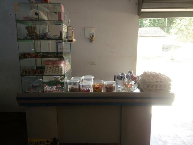 Mercado pratileiras frezzers mercadoria pra sair hoje 12.000