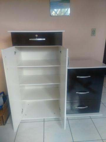 MlComoda com 3 gavetas e portas