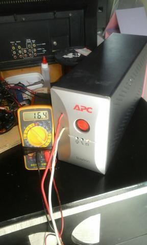 Vendo carregador de bateria de 30 amperes