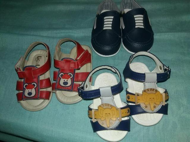 Lote de roupas e sapatos pra bebê menino de 1 mês a 1 ano