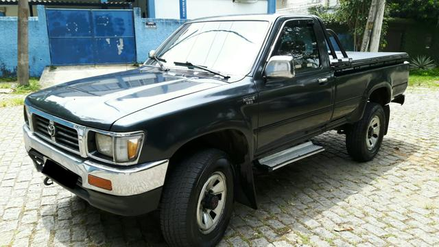 Hilux cabine simples 98/99 4x4