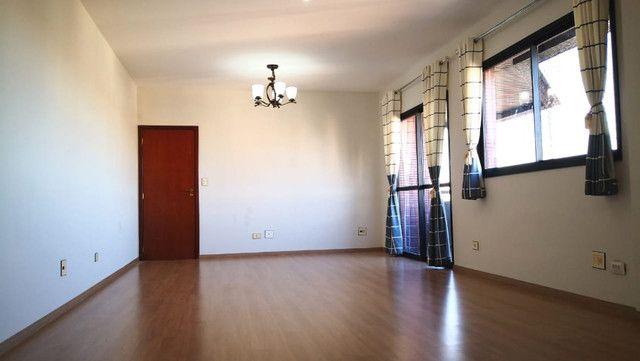 Aluga-se apartamento 3 quartos - Alto Padrão - Ótima localização - Edifício Fontane Blue - Foto 14