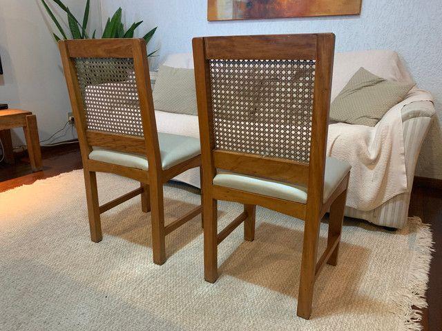 Cadeiras de madeira maciça - Foto 5