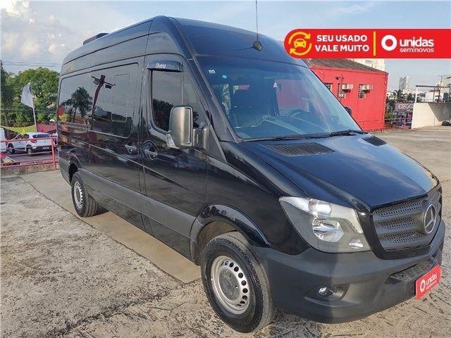 Sprinter 2.2 CDI Diesel Van 415 TA Longo 16L Manual - 2019 - Foto 6