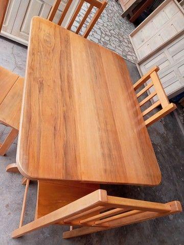 Jogo mesa nova 4 cadeiras pau mulato!!! - Foto 2