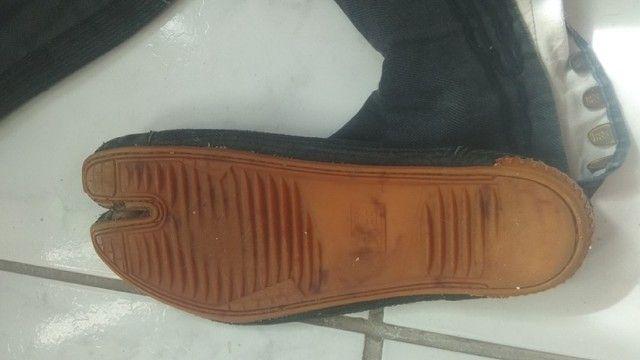 """Calçada """"Ninja shoes"""" da India, bem usado, pe 27 cm - Foto 2"""