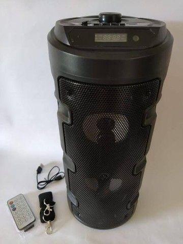Caixa de som recarregável Bluetooth FM pendrive. Torre bazzuca