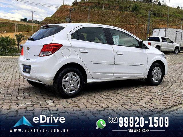 Chevrolet Onix LT 1.0 Flex 5p Mec. - Entrada no Cartão - Financio - Troco - Uber - 2015 - Foto 7
