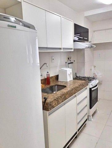 Apto com mobília na Pajuçara, com 2 quartos, já incluso cond, iptu, água e gás - Foto 5