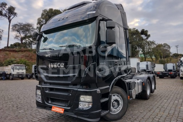 Iveco Stralis HI Way 600S44 6X2, ano 2018/2019 - Foto 7