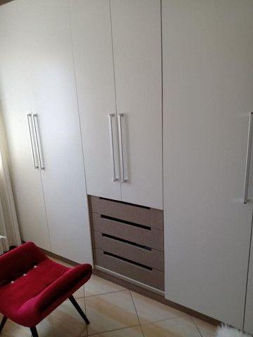 Apartamento mobiliado em ótima localização - Foto 8