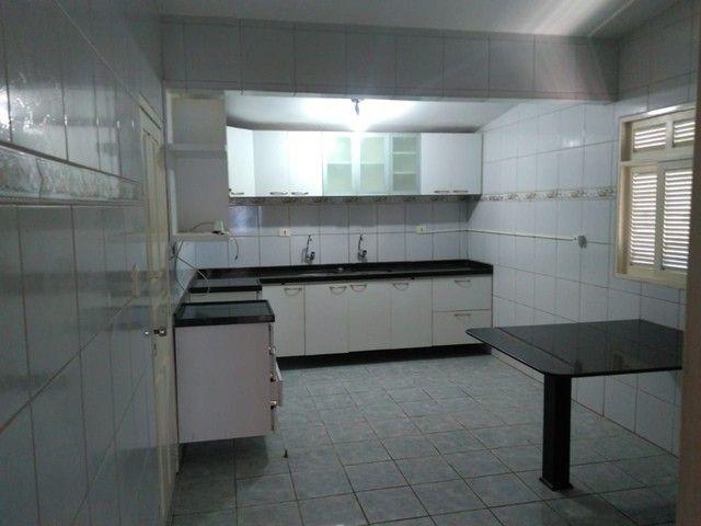 Casa c/ 330 m2 -3 quartos c/1 suíte-Escriturada-Barro - Foto 17