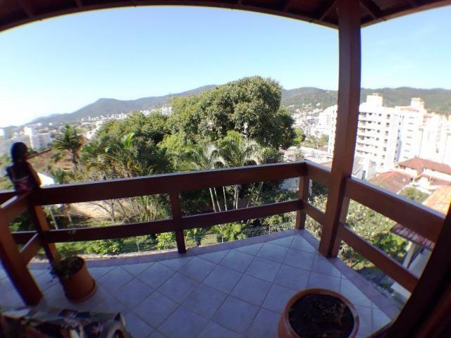 Casa em condomínio fechado a venda, Córrego Grande, Florianópolis.