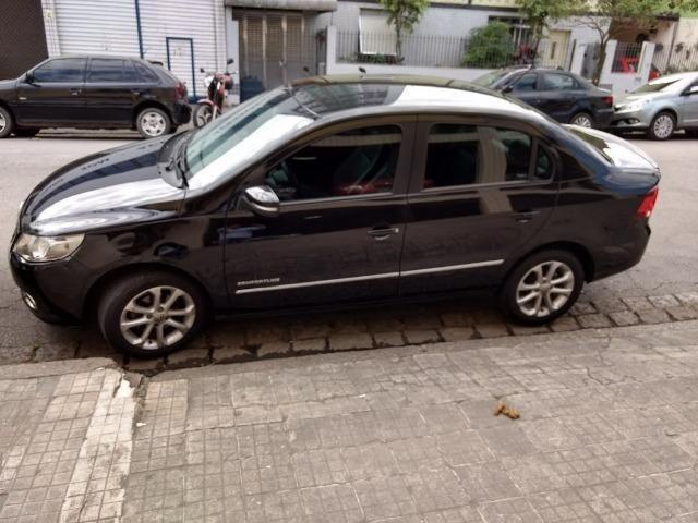 Volkswagen Voyage I Motion 1.6 Trend 2013