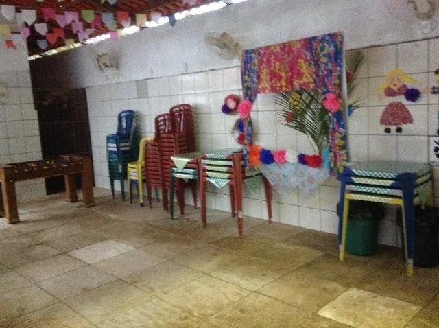 Chale novo,bem arejado,4 dormitórios,3 banheiros,piscina,sauna salao de jogos - Foto 4