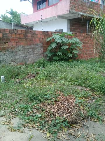 Vende se ou troca terreno No Jardim Planalto medindo 9×18 Próximo ao condomínio vilares