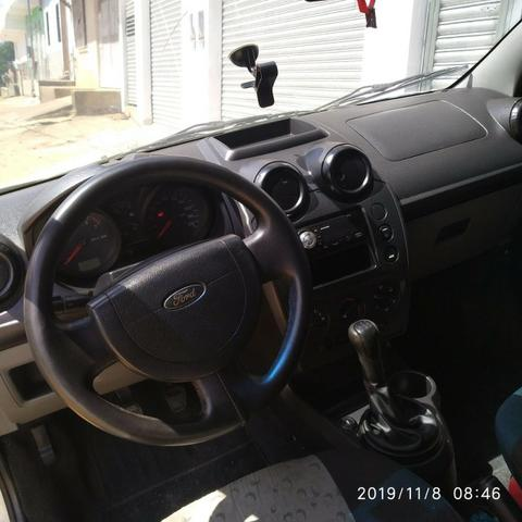 Ford Fiesta Hatch 1.0 Flex - Foto 9