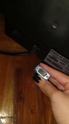 Monitor sansung antigo usado mas funcionando perfeitamente - Foto 4