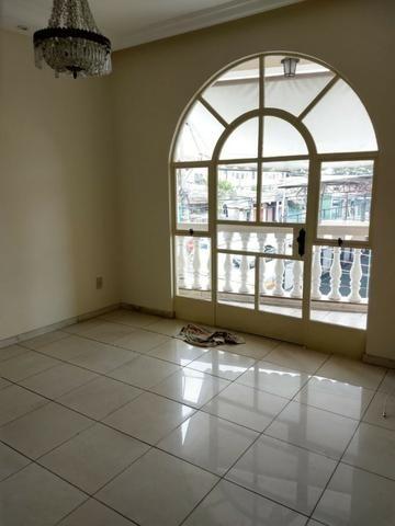 Apartamento (grande) no B. Caiçara/ Monsenhor Messias