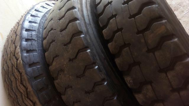 Pneus 1000x20 e 925/80x22 Aro 20 e 22 Leia Anuncio - Foto 3