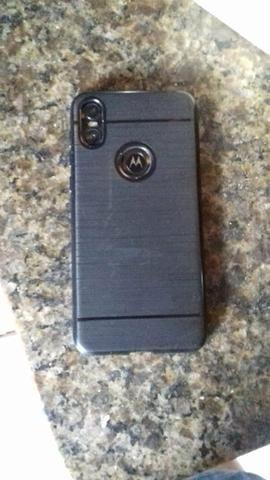 Vendo Motorola one baratinho só tá com alto Falante queimado e a tela trincada um pouco - Foto 3