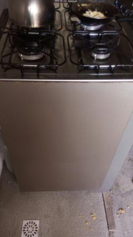 Fogão 6 bocas inox, elétrico, com forno grande - Foto 4