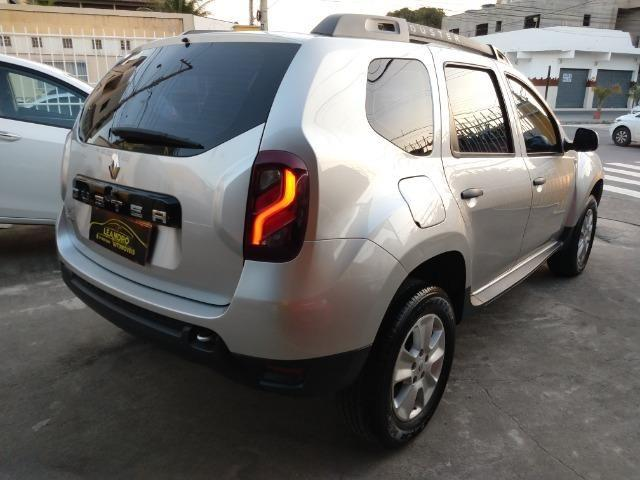 Renault Duster Expression 1.6 - Foto 6