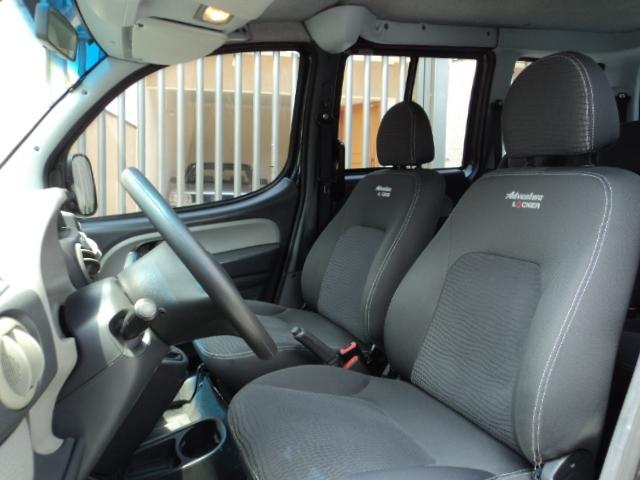 Doblo Adventure 1.8 8V (flex) 2010 - Foto 7