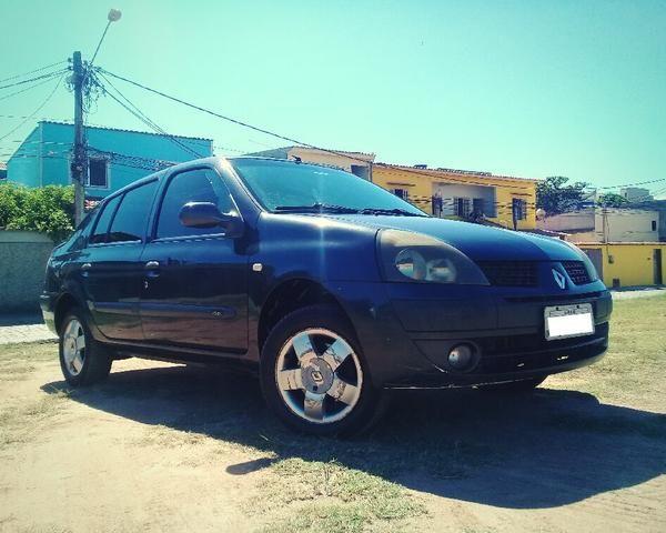 Clio Sedan 2004 1.6 16V Completo - VENDO OU TROCO POR CELTA OU PALIO - Foto 2