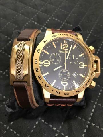 Relógio Magnum masculino Seminovo
