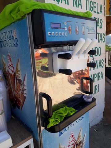 Maquina e sorvete