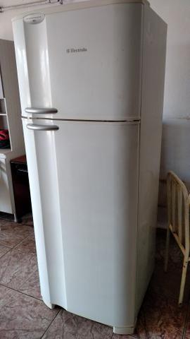 Geladeira electrolux (entrego/com garantia)