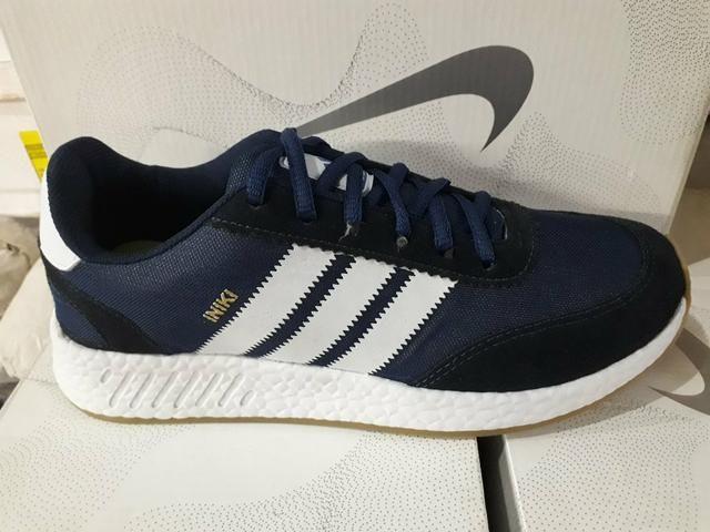 Tênis Adidas Iniki Azul Marinho