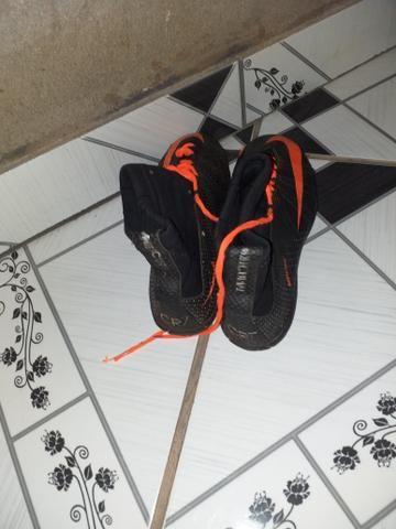 58aa941790 Vendo chuteira de botinha numero 35 36 - Esportes e ginástica ...
