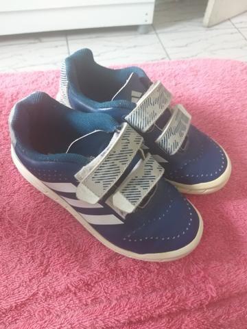 02213cc0e42 Tênis Adidas