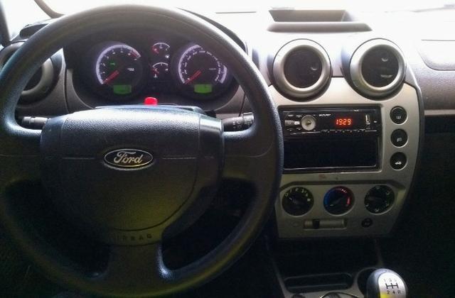 Ford Fiesta Hatch 1.6 c/GNV 2014 - Foto 11