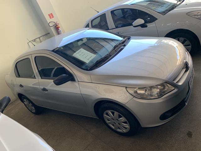 VW Voyage 1.0 completo 08/09