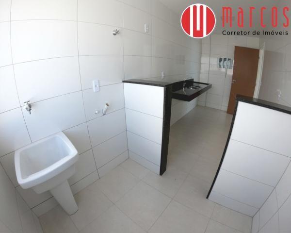 Apartamento para locação 3 quartos, amplo e novíssimo na Praia do Morro. - Foto 12