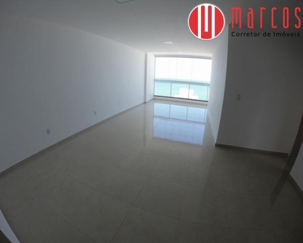 Apartamento para locação 3 quartos, amplo e novíssimo na Praia do Morro.
