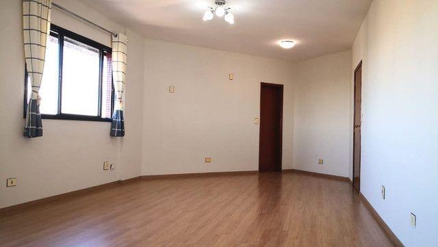 Aluga-se apartamento 3 quartos - Alto Padrão - Ótima localização - Edifício Fontane Blue - Foto 11