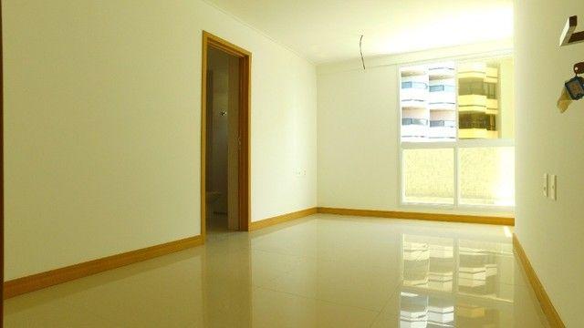 Apartamento com 300m², 4 suítes e sala para 3 ambientes a com vista para o mar de Jatiuca - Foto 16