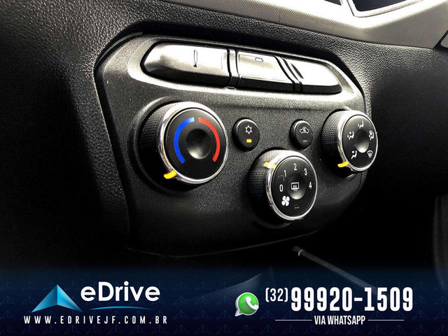 Chevrolet Onix LT 1.0 Flex 5p Mec. - Entrada no Cartão - Financio - Troco - Uber - 2015 - Foto 17