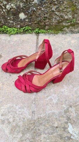 Sapatos Femininos no estado - Foto 2
