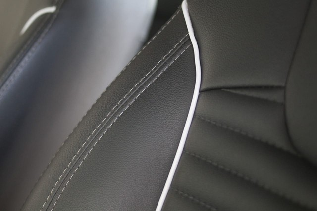 Renault Captur intense 1.6 Automática 13mil Km apenas  - Foto 11