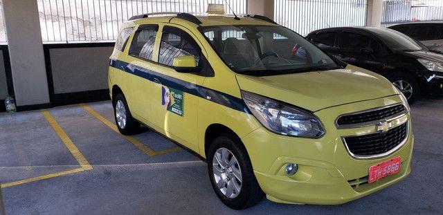 Táxi Spin 2014 carro + aut - Foto 2