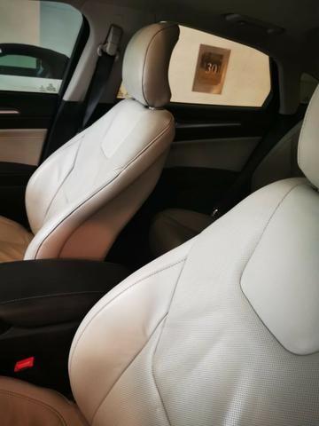Ford/ Fusion Top de LInha - Ano 2015/2015 - Unico dono - Branco com interior caramelo - Foto 5