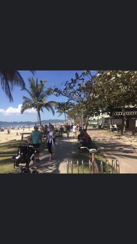 Apartamento Meia Praia com 3 suítes vista mar - Foto 20