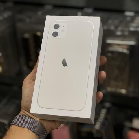 IPhone 11 64gb (12x no cartão; aceitamos seu aparelho como entrada) - Foto 3