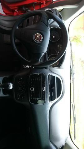 Fiat Punto 1.4 Atracctive 13/14 - Foto 5